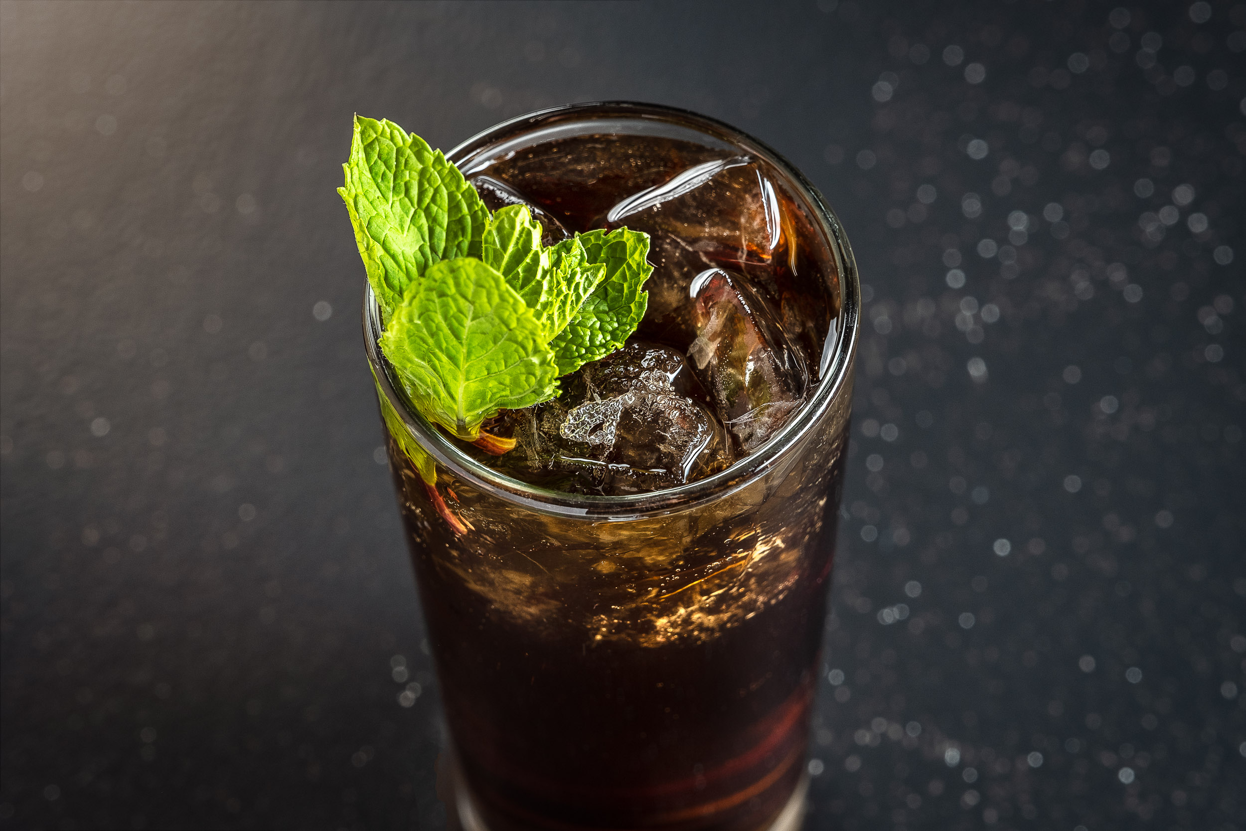Moody Cocktail with Mint